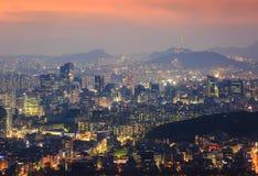 Горизонт города Кореи и башня n Сеула Стоковые Фотографии RF