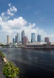 Горизонт города Тампа Флориды в течение дня Стоковое фото RF