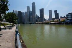Горизонт города финансового района Сингапура центральный (CBD) Стоковые Фотографии RF
