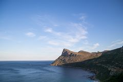 Горизонт горы океана стоковая фотография