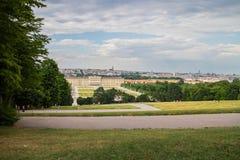Горизонт дворца Schonbrunn стоковая фотография rf