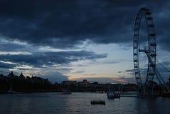 Горизонт захода солнца Лондона Стоковые Изображения RF