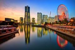 Горизонт Иокогама на заходе солнца Стоковое фото RF