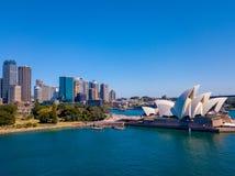 Горизонт и оперный театр Сиднея Стоковые Фото