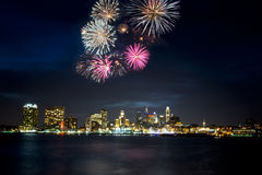 Горизонт и фейерверки Филадельфии Стоковое Фото