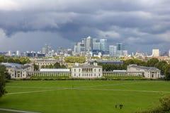Горизонт канереечного финансового района причала Лондона Рой Стоковое Изображение