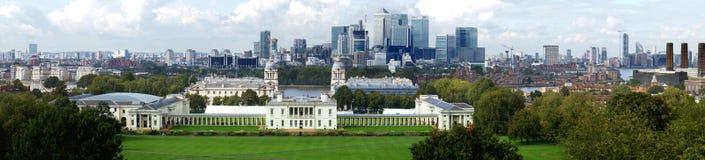 Горизонт канереечного финансового района причала Лондона Рой Стоковые Фото