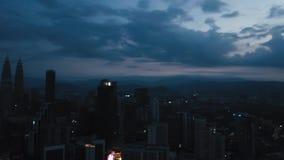 Горизонт Куалаа-Лумпур от взгляда сверху в утре видеоматериал