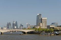 Горизонт Лондона; southbank и город стоковые фотографии rf