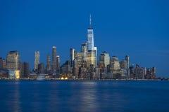 Горизонт Манхаттана над Гудзоном rive в Нью-Йорке Стоковая Фотография RF