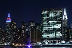 Горизонт Манхаттана на ноче, Нью-Йорк Стоковая Фотография RF