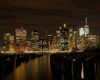 Горизонт Манхаттана от Brooklyn Park Нью-Йорка Стоковое фото RF