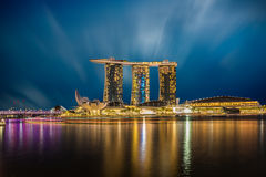 Горизонт на сумраке, горизонт города Сингапура залива Марины, Сингапур Стоковая Фотография