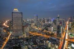 Горизонт ночи Бангкока стоковое изображение rf