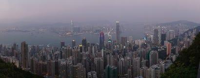 горизонт ночи Hong Kong стоковое изображение rf