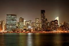 горизонт ночи manhattan Стоковое Изображение