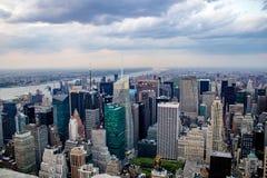 Горизонт Нью-Йорка, небоскребы, США стоковое фото rf