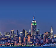 Горизонт Нью-Йорка с Эмпайром Стейтом Билдингом Стоковое фото RF