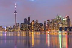 Горизонт портового района города Торонто на сумерк Стоковая Фотография RF