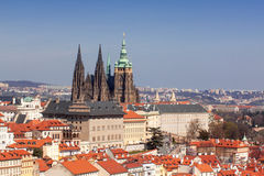 Горизонт Праги с комплексом замка Праги Стоковые Фотографии RF