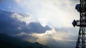 Горизонт, радуга, замки любовника и спутник от верхней части горы Moiwa, Хоккаидо, Японии Стоковые Фотографии RF