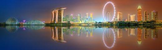 Горизонт Сингапура и взгляд залива Марины Стоковые Фотографии RF