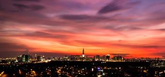Горизонт Хошимина на заходе солнца стоковое фото