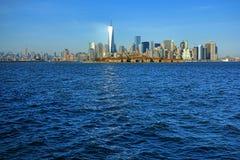 Горизонт центра города Нью-Йорка Манхаттана городской Стоковое Изображение