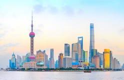 Горизонт Шанхая городской, Китай Стоковые Изображения RF
