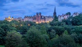 Горизонт Эдинбурга на ноче Стоковое Фото