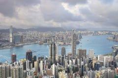 горизонт Hong Kong kowloon заречья залива финансовохозяйственное первое над wiew пикового плана временени взгляда victoria очень  Стоковые Изображения RF