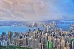горизонт Hong Kong kowloon заречья залива финансовохозяйственное первое над wiew пикового плана временени взгляда victoria очень  Стоковое фото RF