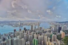 горизонт Hong Kong kowloon заречья залива финансовохозяйственное первое над wiew пикового плана временени взгляда victoria очень  Стоковая Фотография RF