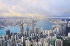 горизонт Hong Kong kowloon заречья залива финансовохозяйственное первое над wiew пикового плана временени взгляда victoria очень  Стоковые Фото