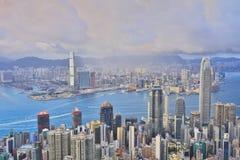 горизонт Hong Kong kowloon заречья залива финансовохозяйственное первое над wiew пикового плана временени взгляда victoria очень  Стоковая Фотография