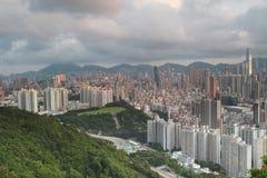 Горизонт Kowloon Гонконга от Eagle& x27; гнездо s Стоковые Фотографии RF