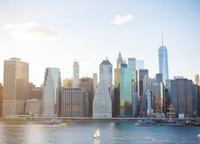 Горизонт Manhatten NYC на заходе солнца Стоковая Фотография