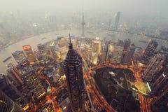 горизонт shanghai ночи Стоковая Фотография