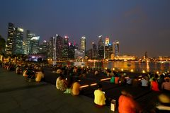горизонт singapore вечера Стоковые Фотографии RF