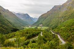 Гористая местность Норвегии стоковая фотография