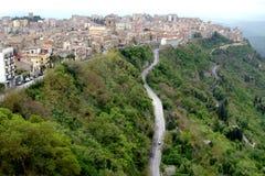 гористые местности Италия старая Сицилия enna города Стоковые Изображения RF