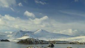 Гористые местности Шотландии в снеге Стоковая Фотография