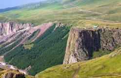 Гористый ландшафт в Кавказе Стоковое Изображение