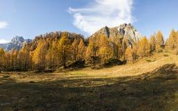 Горная вершина Devero, цвета сезона осени Стоковое Изображение