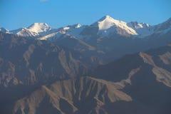 Горная цепь Гималаев стоковая фотография rf