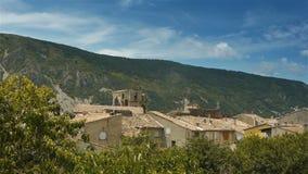Горное село в Pre Alpes в южной Франции видеоматериал