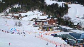 Горнолыжный курорт зимы в Zell видит, Австрия