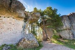 Горные породы размывания в заколдованном парке города, Cuenca, Испании Стоковая Фотография