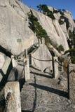 Горные склоны тропки шагов стоковая фотография rf