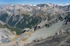Горные цепи в национальном парке пропуска Артура Стоковое фото RF